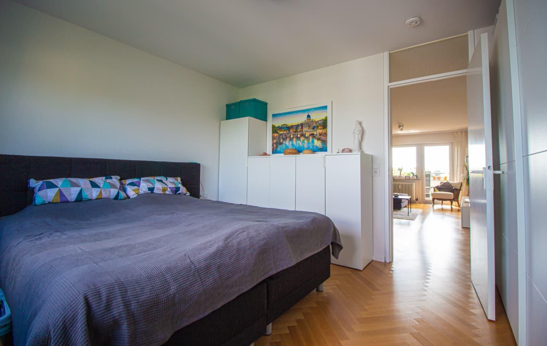Zum Verkauf steht eine Wohnung in Rohr Schlafzimmer