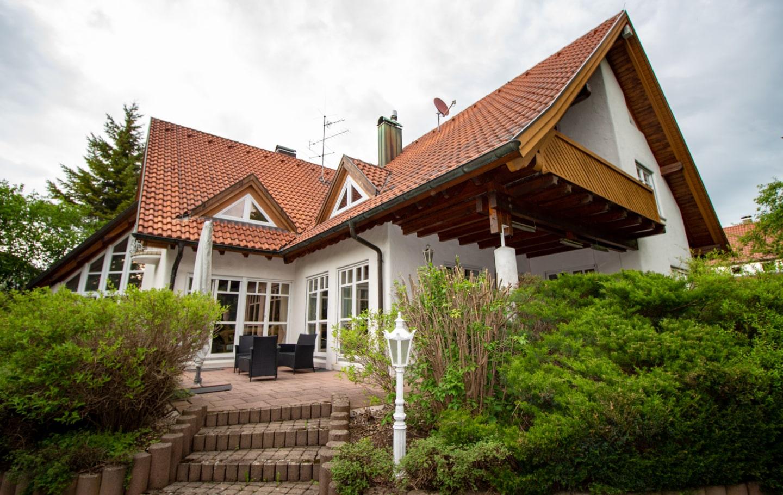Terrasse Hausansicht Repräsentative, exklusive Villa mit separater Einliegerwohnung in ruhiger und sehr zentraler Lage Sigmaringen